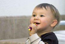 abituare a lavare i denti fin da piccoli