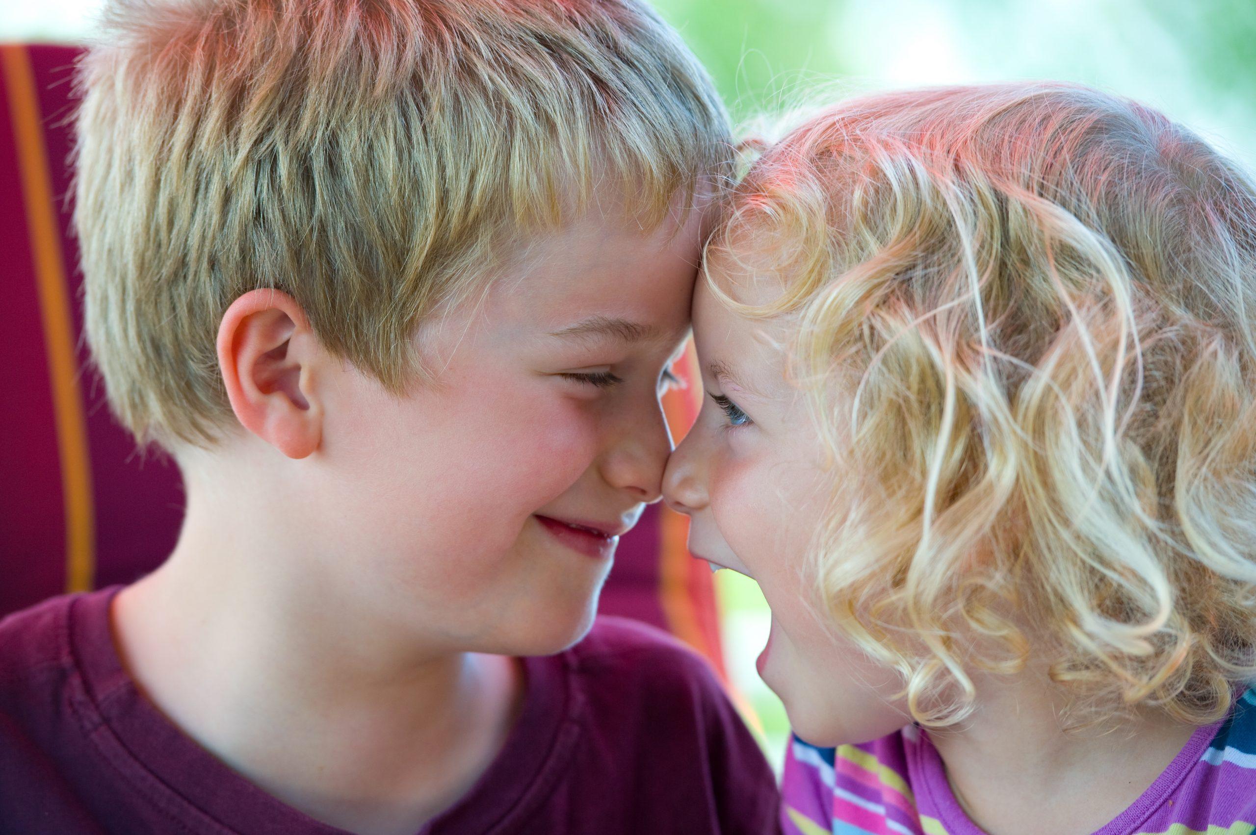 sigillatura dei denti dei bambini